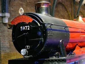 hogwarts-express-big