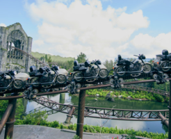 https://www.wizardingworld.com/news/hagrid-s-magical-creatures-motorbike-adventure-wins-outstanding-achievement-award