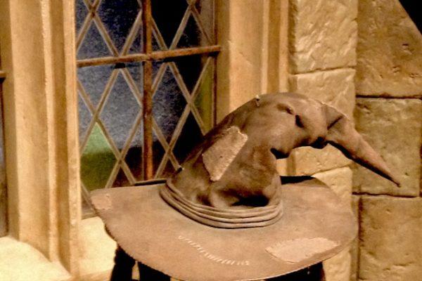 組み分け帽子|ハリーポッター